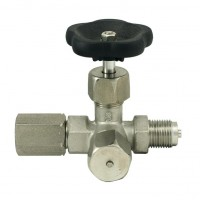Tripotni manometrski ventil (inox) DIN 16271